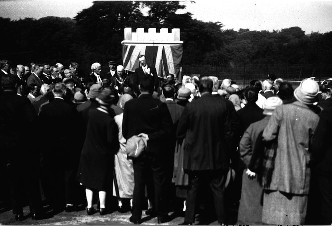 Manor Park official opening in 1927